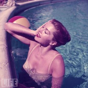 bd1gzsvpusl66lp esther williams